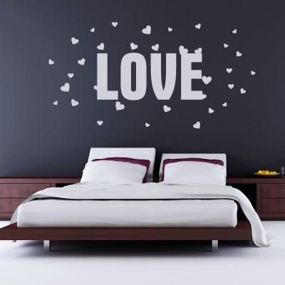 Adesivo Murale Love con Cuori