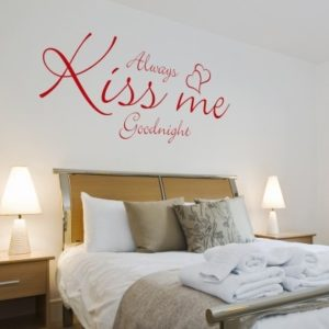 Adesivo Murale Always Kiss Me Goodnight (3)